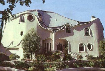 odd_houses12.jpg 400×273 pixels