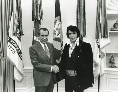 Presidential First: White House Floods Flickr | Raw File