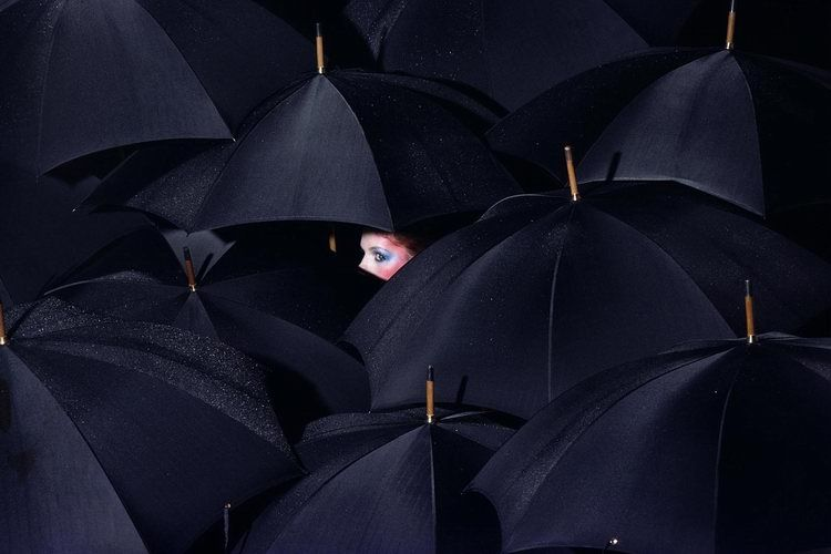 guy_bourdin.jpg 750×500 pixels