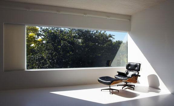 chair_light.jpg (JPEG Image, 575x350 pixels)