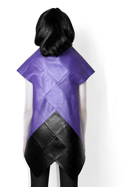 LISA SHAHNO   FASHION DESIGNER - SQUARING THE SQUARE (2009)