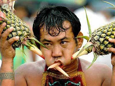 thailand-vegetarian-festival14.jpg 400×300 pixels