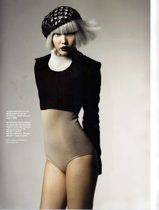 Flickr Photo Download: Han Jin - Vogue Korea Sept 2008 - 9
