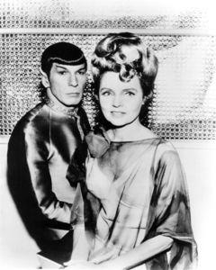 spock_amanda.jpg (800×1000)