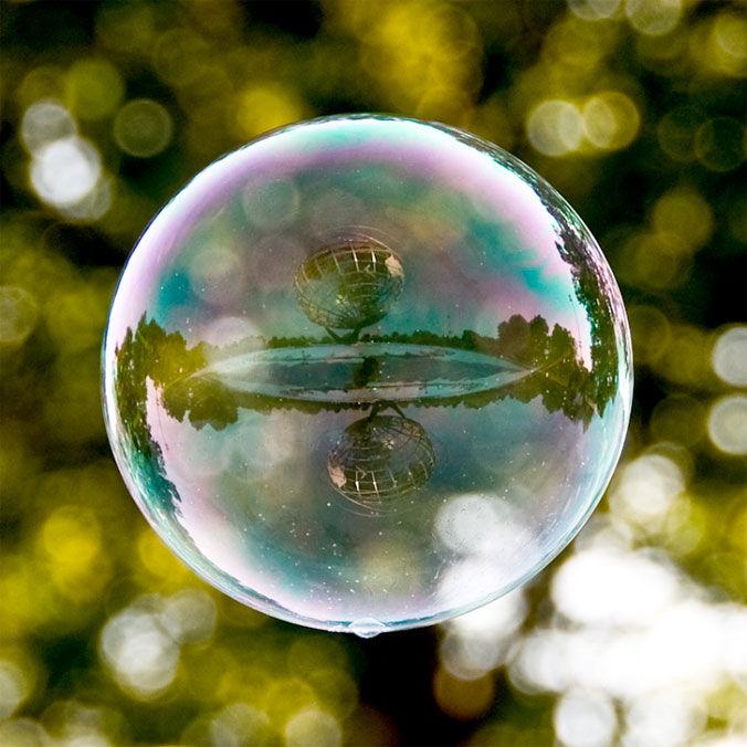 Tom Storm — Il mondo in una bolla — Designaside.com