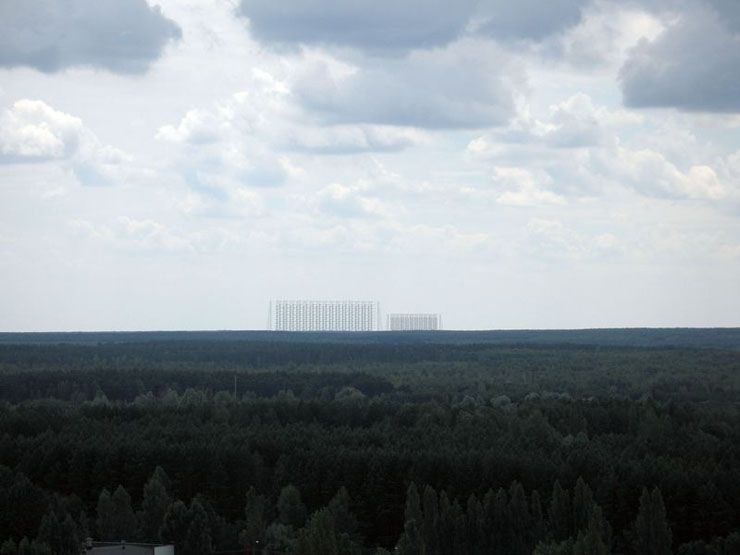 "English Russia » ""Duga"", the Steel Giant Near Chernobyl"
