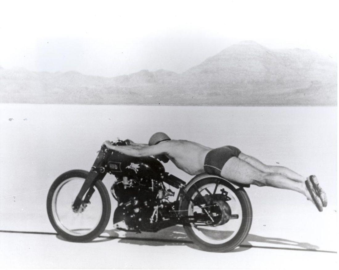 motorcycle-rollie-free-bathing-suit-bike.jpg 1,140×909 pixels
