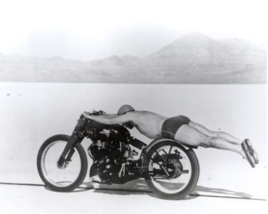 motorcycle-rollie-free-bathing-suit-bike.jpg 1,140×909 pixels