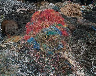 Edward Burtynsky China - Recycling Large Page 3