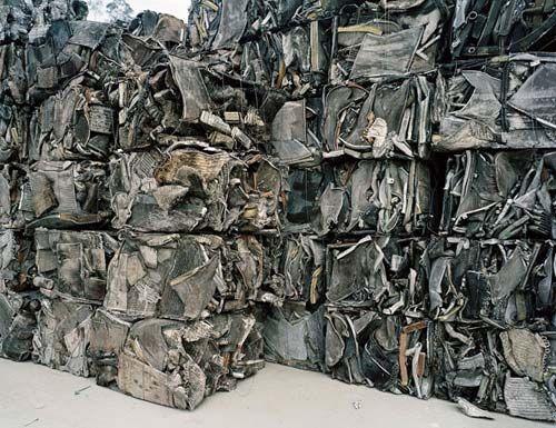 Edward Burtynsky China - Recycling Large Page 9