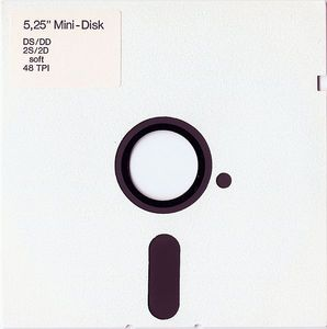 File:White 5.25-inch floppy disk (front).jpg - Wikipedia, the free encyclopedia