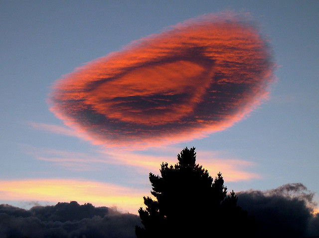 Chile Puerto Natales spectacular lenticular cloud at sunset  Flickr - Photo Sharing