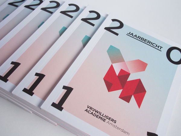 Vrijwilligersacademie Amsterdam Annual Report on the Behance Network