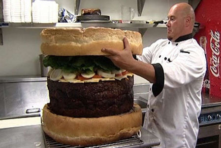 worlds-largest-hamburger.jpg 755×504 pixels
