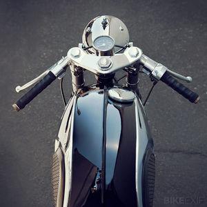 Honda CB77 cafe racer