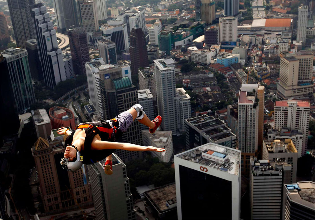 Photo of the Day: Free Jump » Design You Trust