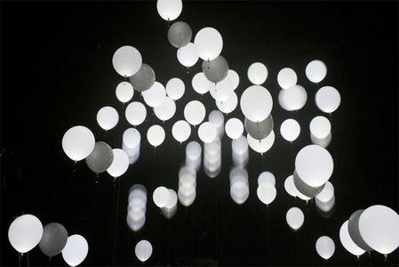 atom_3.jpg 640×428 pixels