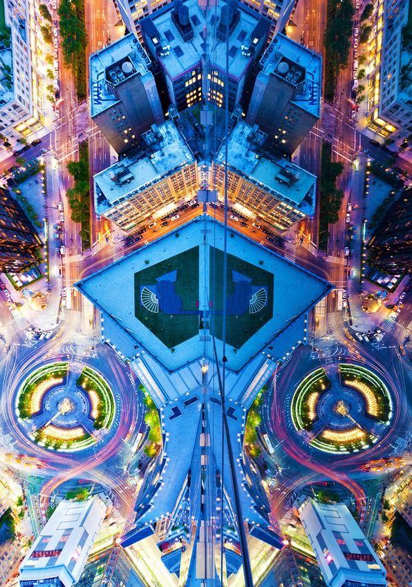 Symmetrical Photos Give a Breathtaking Bird's-Eye View of NYC