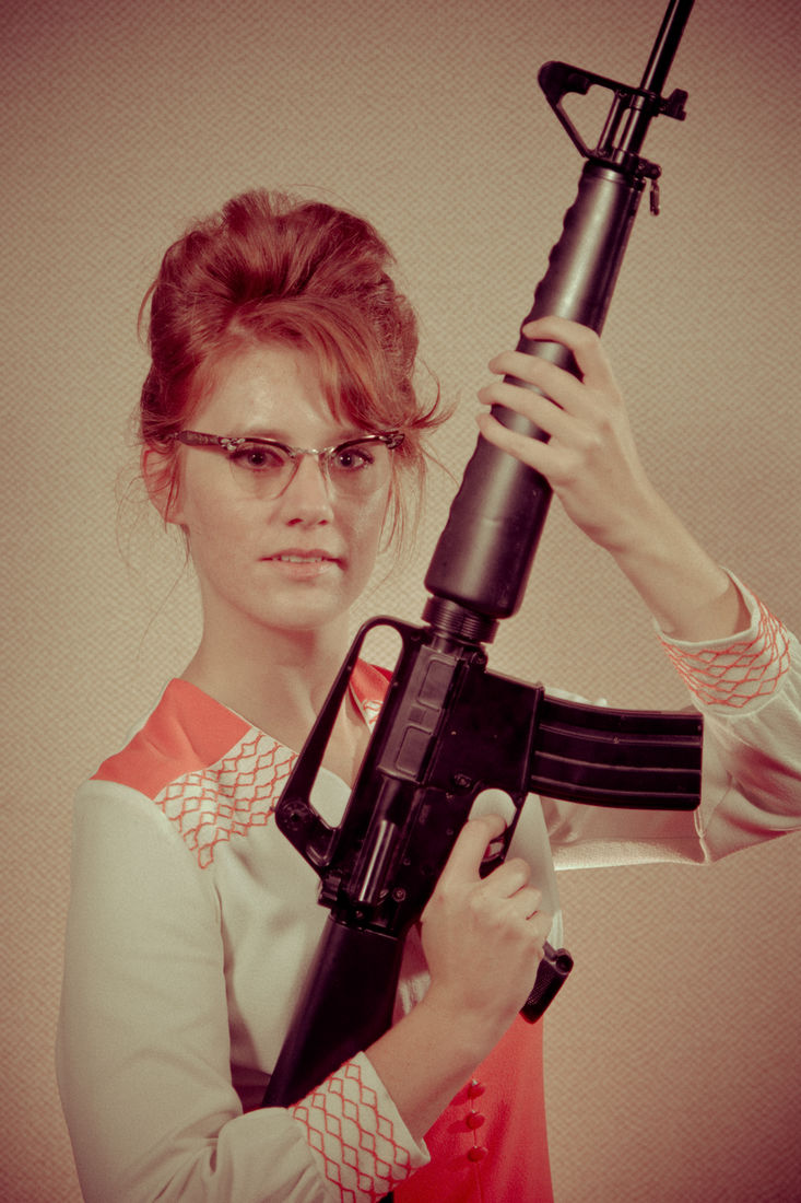 Photographer Recreates an '80s Portrait Studio—With Awesome Results | WIRED