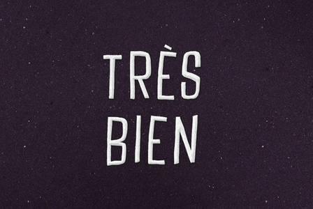 Tres Bien - Desktop Font