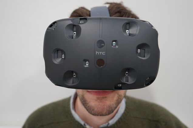 HTC Vive: Virtual Reality That's So Damn Real I Can't Even Handle It