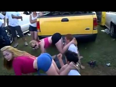 Brutal Twerking Her BF Face Epic - YouTube