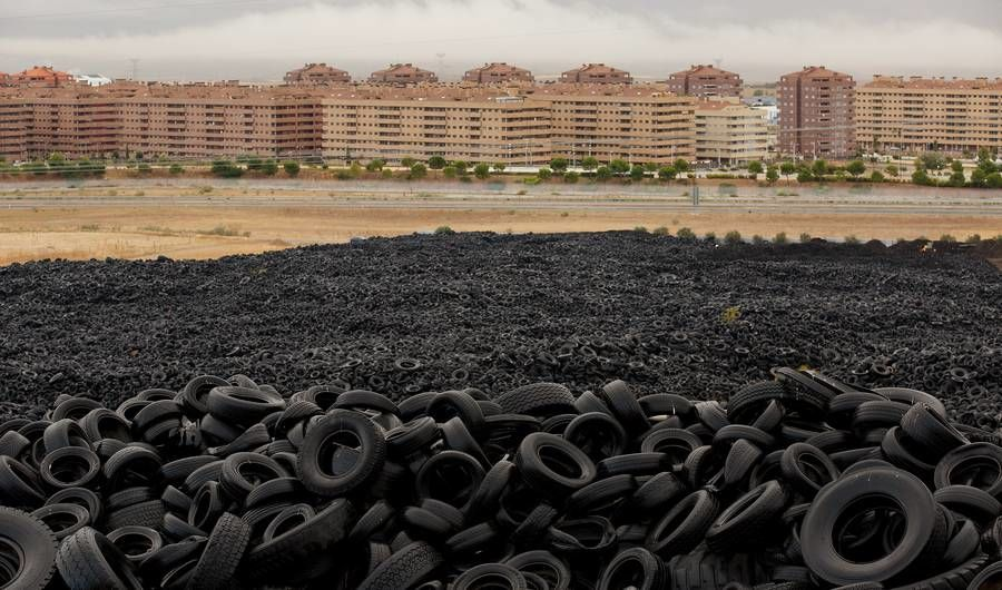 9 Shocking Photos of What People Are Really Doing to the Planet