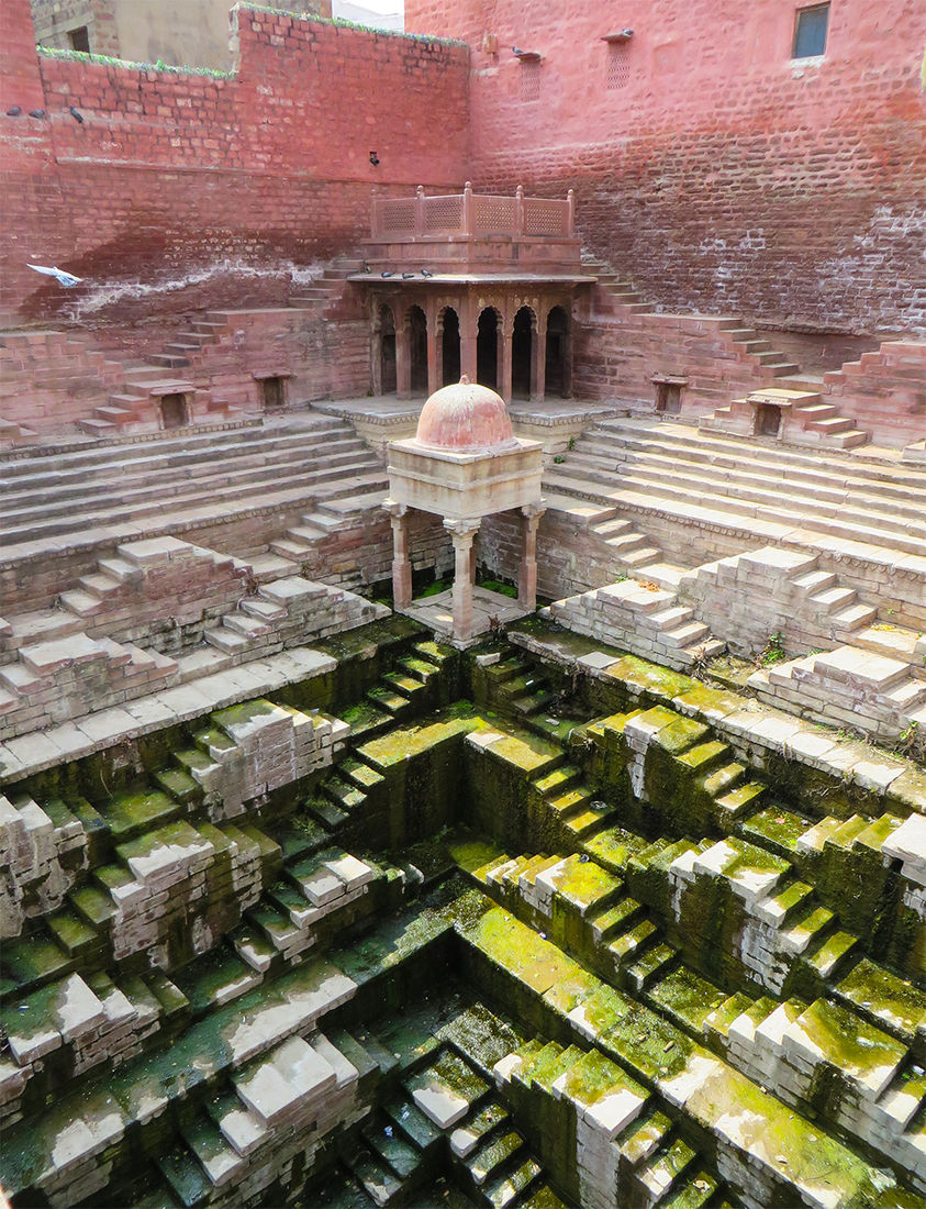 Journalist Spends Four Years Traversing India to Document Crumbling Subterranean Stepwells Before they Disappear | Colossal