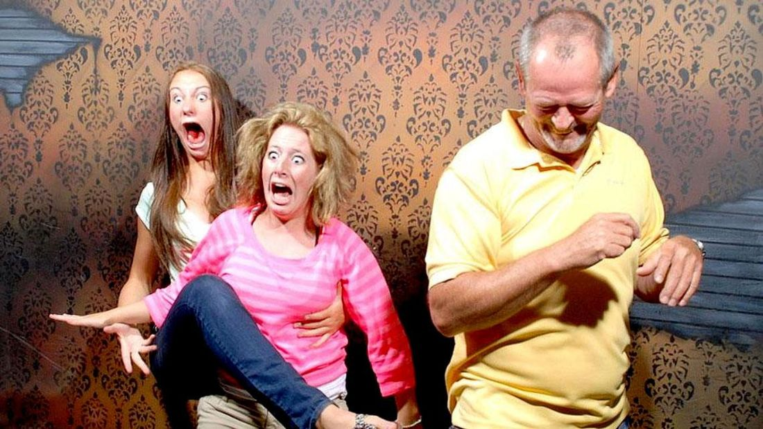 40 Priceless Portraits of Terrified People In A Haunted House | So Bad So Good