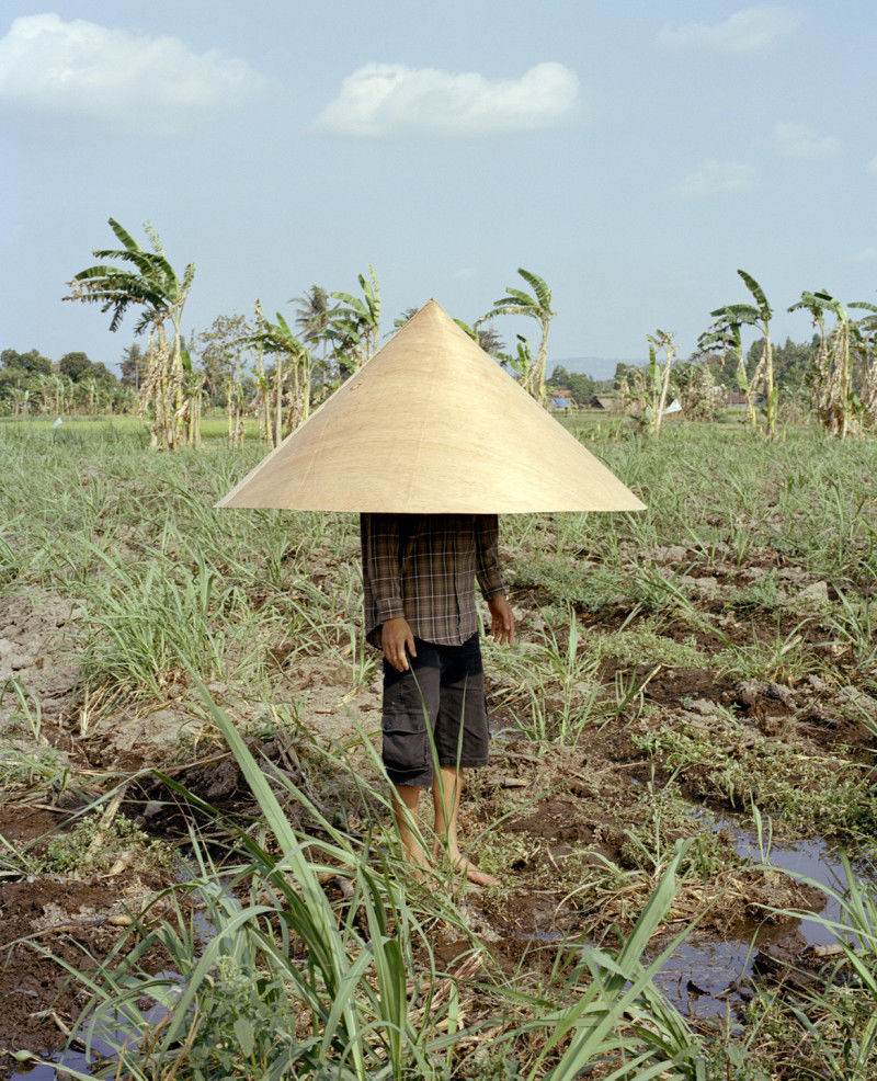 164° on the Equator — Thomas Rousset and Charles Negre Create a Fictional, Tropical Community | Fotografia Magazine