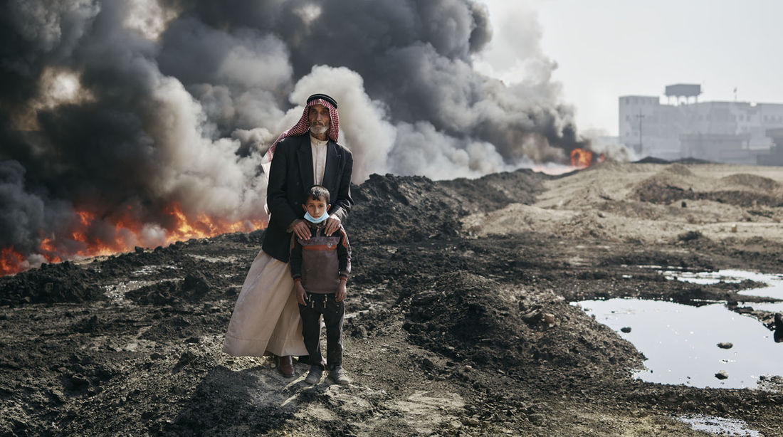 The Day the Sun Never Rose: Photos of Iraq's Burning Oil Wells by Joey L