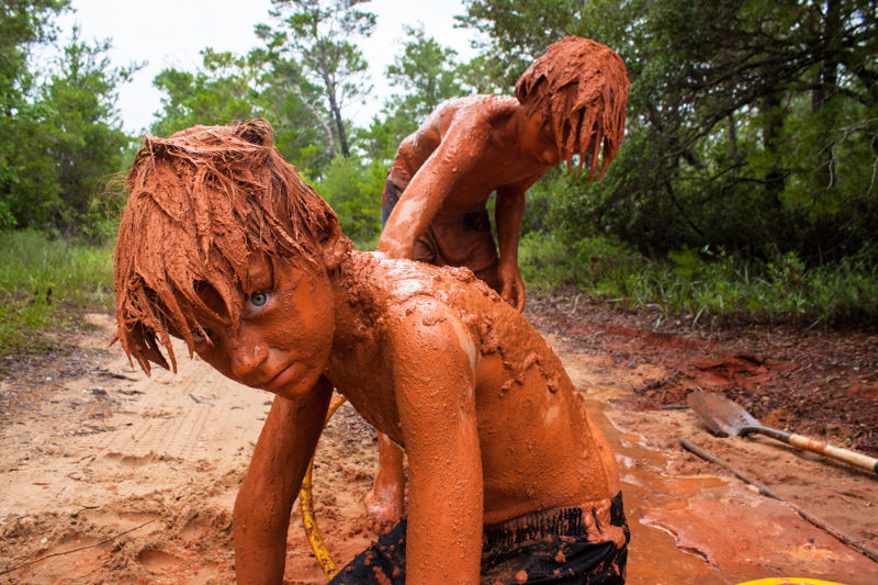 """Slow Exposures: Celebrating Photography of the Rural South  » db Waltrip:   """"Of Mud and Men"""""""