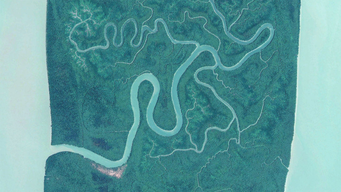 http//www.earthglance.com/post/172087663703/irrawaddy-delta-myanmar