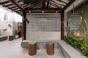 OrientalCafe...Renovatedoldbuildingintoanorientalcoffeeshop.