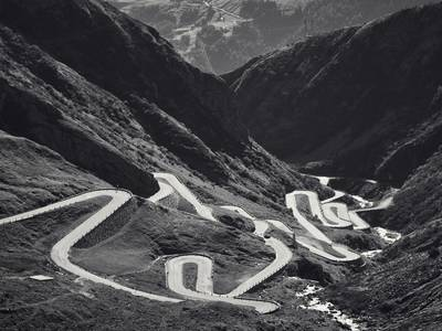 MountainsEpiccyclingclimbsphotographedbeautifullybyMichaelBlannCreativeBoom