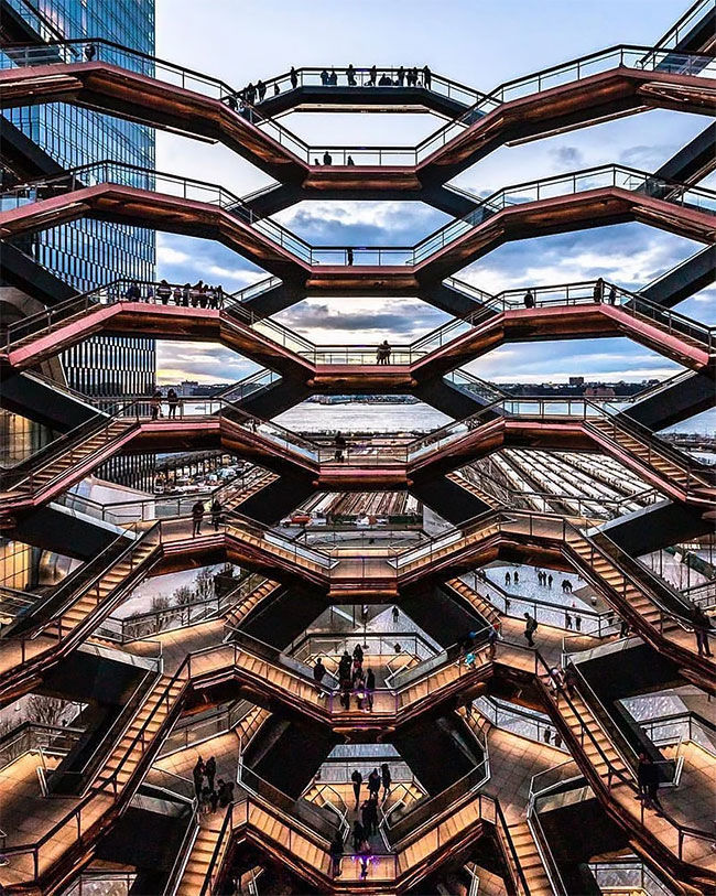 New York's Touristy New Public Space Is A Giant Endless Staircase