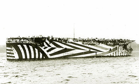 HMS_Furious-764677.jpg (JPEG Image, 450x272 pixels)