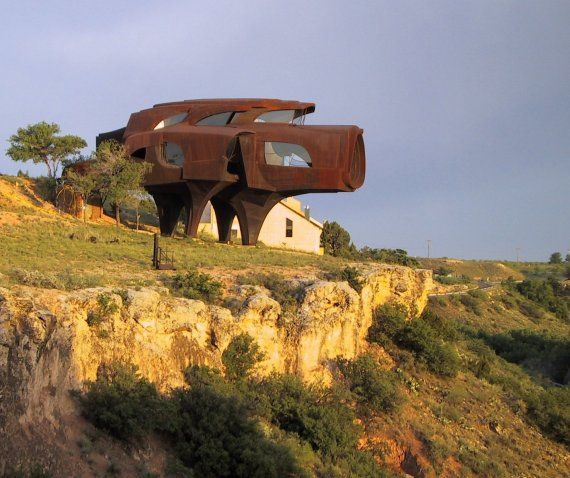 Robert Bruno's Steel House »  CONTEMPORIST