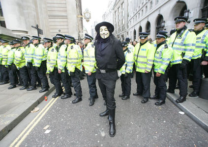 G20 protests erupt in London |